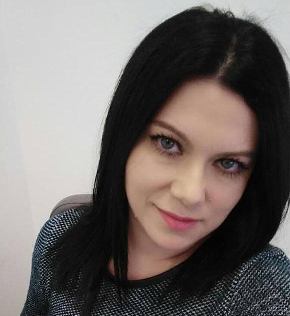 Mirela Tomescu